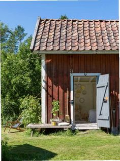 Little rustic summer cottage on a sunny day. Swedish Farmhouse, Swedish Cottage, Red Cottage, Red Houses, Yellow Houses, Café Exterior, Sweden House, Wooden Buildings, Wooden Houses