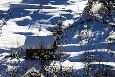 Stefan Bela din Baia Mare Snow, Mountains, Travel, Outdoor, Pictures, Belle, Outdoors, Photos, Viajes