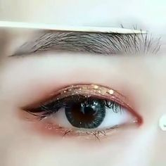 Pin by ⌇ kokoro ⌇ on Makeup 메이크업 in 2019 Permanent Makeup Eyebrows, Eyebrow Makeup, Lip Makeup, Makeup Tips, Beauty Makeup, Korean Eye Makeup, Korea Makeup, Asian Makeup, Korean Eyebrows