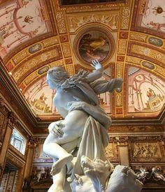 "Galleria Borghese: Bernini, ""Apollo and Daphne"" Bernini Sculpture, Baroque Sculpture, Baroque Architecture, Beautiful Architecture, Templer, Old Art, Aesthetic Art, Art History, Renaissance"