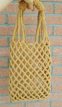 Marvelous Crochet A Shell Stitch Purse Bag Ideas. Wonderful Crochet A Shell Stitch Purse Bag Ideas. Crochet Clutch, Crochet Handbags, Crochet Purses, Crochet Bags, Tote Pattern, Purse Patterns, Crochet Patterns, Lidia Crochet Tricot, Knit Crochet