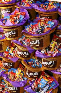 Birthday Party Options – Creative Birthday Party Ideas That Works Chocolate Wonka, Wonka Chocolate Factory, Charlie Chocolate Factory, Chocolate Party, Willy Wonka, Golden Birthday, 6th Birthday Parties, Birthday Ideas, Candy Party