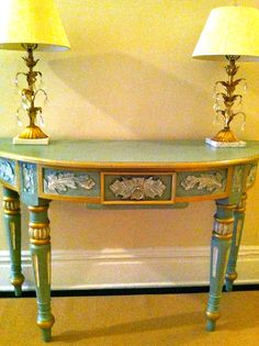 turquoise blues and greens--very Frenchy with gold accents. Yay! It just sold! And we're off!