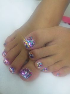 I've done this before lots of work and the smaller toe nails don't stay intact I'd do big toe and sparkle Mylar the rest