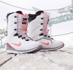 Nike snowboarding boots
