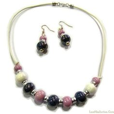 Conjunto collar y pendientes perlas de cerámica
