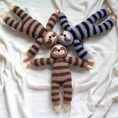 Sock Sloth Stuffed Animal • Free Sewing Pattern | Craft Passion Felt Doll Patterns, Animal Sewing Patterns, Sewing Patterns Free, Free Sewing, Free Pattern, Sewing Stuffed Animals, Stuffed Toys Patterns, Sewing Toys, Sewing Crafts
