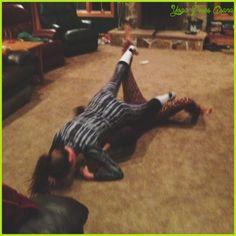 awesome Yoga poses gone wrong