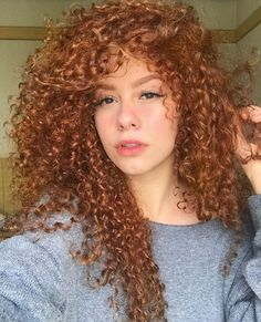 25 Ideas For Curly Hairstyles - Hair Color 02 Cute Curly Hairstyles, Curly Hair Tips, Long Curly Hair, Big Hair, Curly Hair Styles, Natural Hair Styles, Curly Ginger Hair, Colored Curly Hair, Hair Hacks