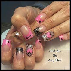 #valentinenails #weloveglitterdesign #acrylic #cutenails #notpolish #3dacrylic #lovenails #heartnails #nailsofinstagram #pinknails