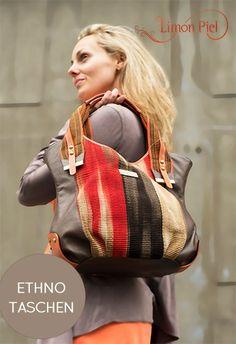 LIMON PIEL Liliana Montero vereint in ihren Ateliers in Pasto, Kolumbien, traditionelles Kunsthandwerk mit zeitgenössischem Design und Mode. Indigene Handwerksgruppen der Ethnien Camentsa und Wayuu stellen traditionelle indianische Stoffe aus verschienenen natürlichen Materialien her, die im Betrieb von Liliana Montero in aufwändiger Handarbeit mit hochwertigem Leder vereint und zu modischen Accessoires weiterverarbeitet werden.