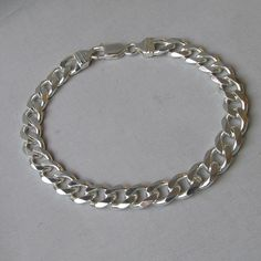 "Sterling Silver Unisex Curb Link 8.5"" Bracelet, Italy in MINT Condition 23 Grams"