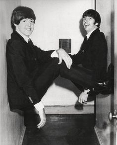 Love this pic of Paul and Ringo
