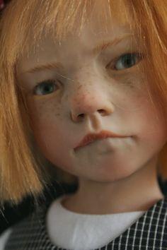 Artista francesa cria bonecas hiper-realistas
