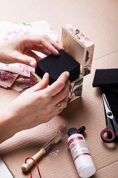 #tchibo #tchibopolska #moda #biżuteria #przechowywanie #pudełko #szkatułka #diy Zobacz więcej na http://radoscodkrywania.tchibo.pl/7-sposobow-na-kreatywne-przechowywanie-bizuterii