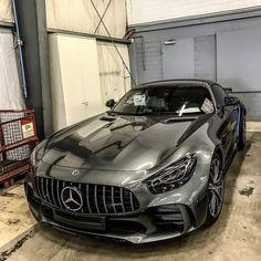 Mercedes Amg, 4 Door Sports Cars, Sport Cars, Dream Cars, Vespa Scooter, Audi S5 Sportback, Automobile, Supercars, Bmw Supercar