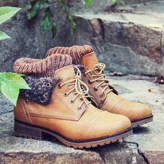 The Nor'wester Boots in Tan, Sweet & Rugged boots from Spool No.72 | Spool No.72