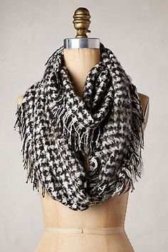 fringed houndstooth scarf #anthrofave http://rstyle.me/n/smi2zr9te