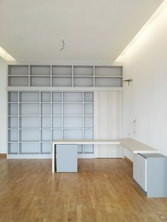Built furniture_Book display shelves & working desk