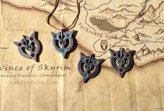 Skyrim Amulet of Articulation prop replica necklace.
