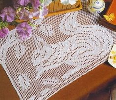 Cute squirrel crochet filet work with diagram