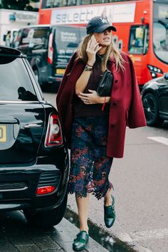 35 Best Outfit - Street Looks at London Fashion Week Spring/Summer 2016 53 Street Style Chic, Street Style 2016, Street Style Women, Rock Look, Silvester Outfit, Street Looks, Vetement Fashion, Mein Style, Fashion Week 2016