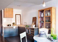 Vintage + industrial. Veja: http://www.casadevalentina.com.br/blog/detalhes/vintage-+-industrial-3146 #decor #decoracao #interior #design #casa #home #house #idea #ideia #detalhes #details #style #estilo #casadevalentina #vintage #industrial #kitchen #cozinha