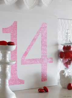 "Easy Valentines Day ""14"" glitter sign #valentinesday #homedecor"