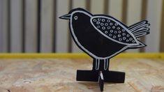 Fåglar gjorda av björkfaner. Easter Crafts, Diy, Decor, School, Decoration, Bricolage, Do It Yourself, Decorating, Homemade