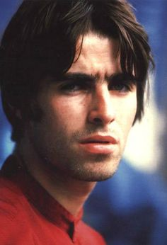 Liam Gallagher of Oasis. Lennon Gallagher, Liam Gallagher Oasis, Gene Gallagher, Liam Oasis, Oasis Live, Oasis Music, Liam And Noel, Britpop, Man Crush