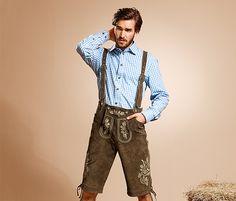 Ein echtes Stück bayerische Mode-Tradition. Diese Trachten-Hose aus fein gerautem Leder macht mit ihren traditionellen Zierelementen, Stickereien und Knöpfen in Hirschhorn-Optik nicht nur auf der Wiesn Eindruck. Die Hosenträger sind abnehmbar. Mit einer Taschenmessertasche, zwei Eingrifftaschen und einer Gesäßtasche mit Knopf ist diese kurze Lederhose ein zünftiges Schmankerl im Kleiderschrank. #Oktoberfest #Tchibo #wiesn #lederhose