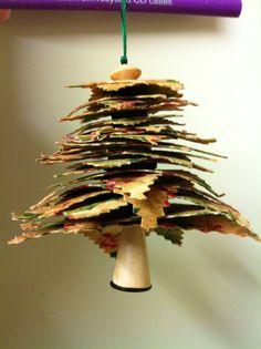 Swinging Christmas Tree