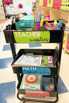 The best teacher cart ideas including teacher cart organization, decorations, labels and tons of DIY ideas. You can make it into a stem station, a calm down cart, a guided reading cart and so much more to do with your rolling cart. Classroom Hacks, Classroom Layout, Classroom Organisation, First Grade Classroom, Teacher Organization, Future Classroom, School Classroom, Classroom Management, Classroom Decor