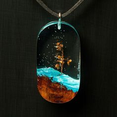 # resina – Gießharz – New Epoxy Epoxy Resin Art, Wood Resin, Wood Necklace, Resin Necklace, Diy Schmuck, Schmuck Design, Diy Resin Crafts, Stick Crafts, Paper Crafts
