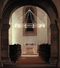 LIPPOLDSBERG chandelier | Okholm Lighting. Check it on Architonic Cool Chandeliers, Foyer Chandelier, Designer Chandeliers, Custom Lighting, Modern Lighting, Lighting Design, Ceiling Pendant, Pendant Lighting, Ceiling Lights
