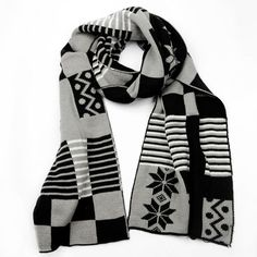 Musta Harmaa Talvihuivi | Cybershop Winter Is Coming, Plaid Scarf, Fashion, Moda, Fashion Styles, Fashion Illustrations