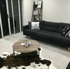 Kmart industrial coffee table australia: 85 best kmart decor images on pint Interior Design Tips, Interior Decorating, Ikea Hack Bedroom, Kmart Decor, Cute Furniture, Home And Living, Living Room, Fashion Room, Apartment Living