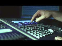 Tak wygląda praca reżysera światła w teatrze Mixer, Music Instruments, Audio, Blenders, Musical Instruments