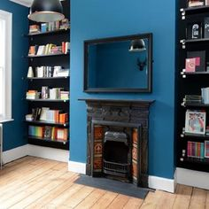 Discover our bookshelf design ideas on HOUSE - design, food and travel by House & Garden. The bedroom design of your dreams? Flat Interior, Home Interior Design, Interior Decorating, Bookshelf Design, Bookshelf Ideas, Blue Bookshelves, Room Shelves, Bookcases, Space Interiors