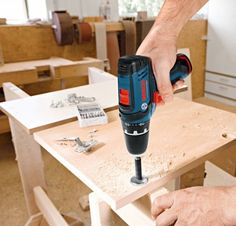 Bosch PS31-2A 12-Volt Max Lithium-Ion 3/8-Inch 2-Speed Drill/Driver Kit with 2 Batteries, Charger and Case - Power Core Drills - Amazon.com