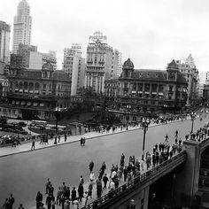 Viaduto do chá, no centro da cidade, nos anos 1950