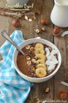 smoothie bowl chocolat - banane #vegan #sansgluten #glutenfree http://www.la-gourmandise-selon-angie.com/archives/2016/10/11/34395918.html