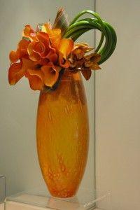 Simple floral arrangement for Kosta Boda vase.