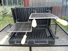 Vente barbecue gril vertical bbq en fer forg fabrication fran aise la forge salers bbq - Grille pour barbecue vertical ...