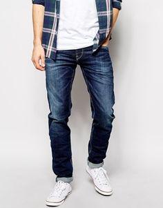 €95, Dunkelblaue Jeans von Pepe Jeans. Online-Shop: Asos. Klicken Sie hier für mehr Informationen: https://lookastic.com/men/shop_items/136942/redirect
