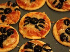 Halloween #15 - Mini pizzas araignées