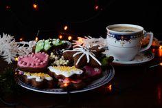 Pierniki świąteczne z lukrem królewskim