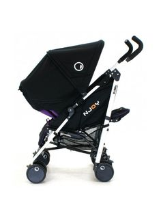 Petite Star Njoy Bubble. Weighs 8kg.  Can fold with seat facing either direction. http://www.youtube.com/watch?v=jXa3cK0cJQc=related
