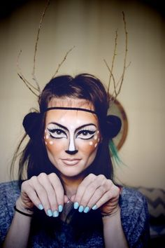 Thinking about making your own Halloween costume this year? Well look no further, I've compiled lots of DIY Halloween costume tutorials for. Costume Halloween, Looks Halloween, Halloween Diy, Halloween Face Makeup, Halloween Clothes, Bambi Costume, Deer Costume Makeup, Faun Makeup, Halloween Peeps