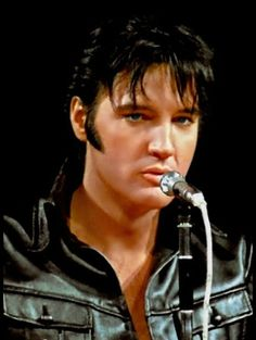 """( ☞ 2017 IN MEMORY OF ★ † ELVIS  PRESLEY ★ 40 YEARS AGO (1977 - 2017) ★ 1968 """" Rock & roll ♫ pop ♫ rockabilly ♫ country ♫ blues ♫ gospel ♫ rhythm & blues ♫ """" ) ★ † ♪♫♪♪ Elvis Aaron Presley - Tuesday, January 08, 1935 - 5' 11¾"""" - Tupelo, Mississippi, USA. † Died; Tuesday, August 16, 1977 at 3:00 pm: Elvis is pronounced dead. (aged of 42) Resting place Graceland, Memphis, Tennessee, USA. Cause of death: (cardiac arrhythmia)."""